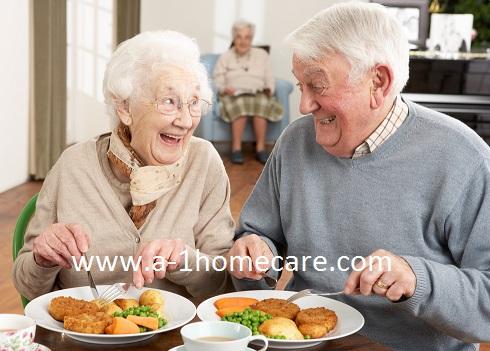 seniors eating eggs